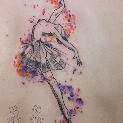 Tatuaj watercolor, tatuaj balerina